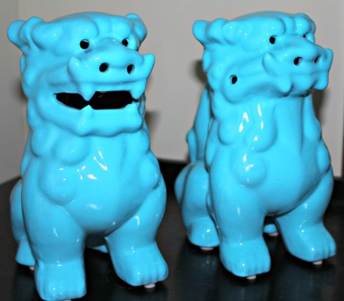 What's a home without a couple of Foo Dogs?  These are mine.  My blue Foos.  (formerly an ugly brown and dull greenish color).